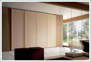 Konstrukce vestavné skříně
